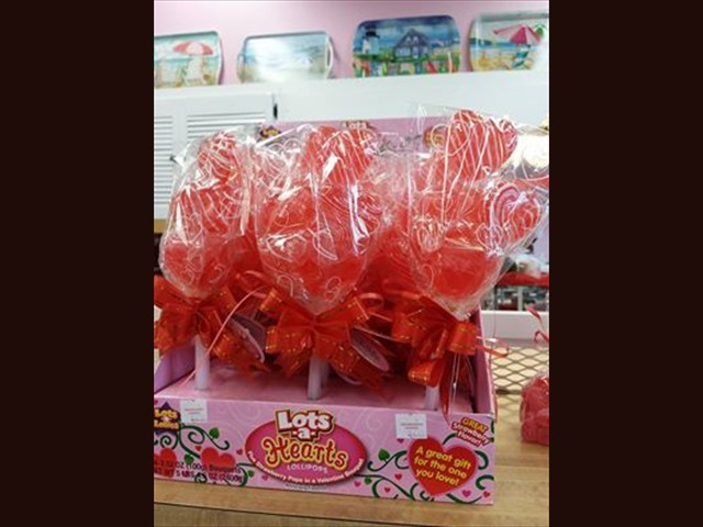 hard_candy_lollipops